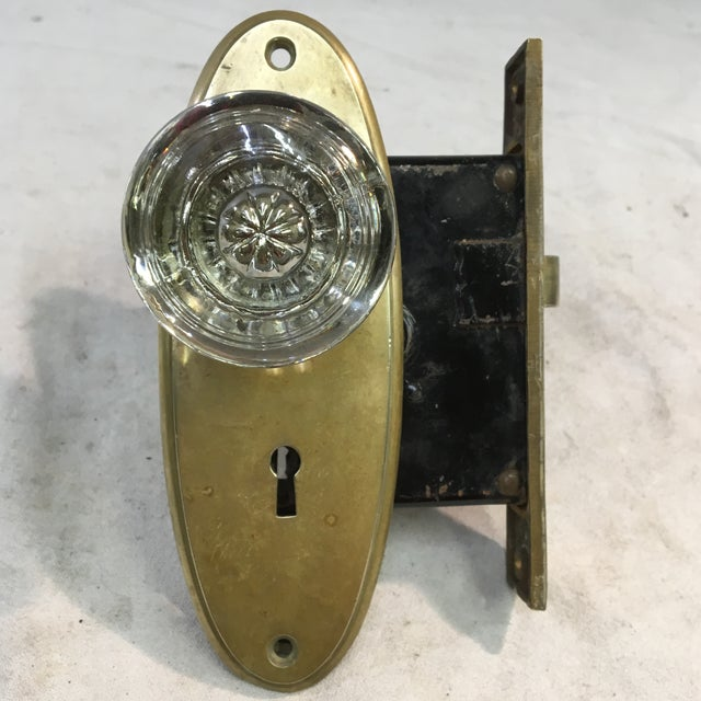 Early 20th Century Antique Yale & Towne Early 20th Century Mortise Lock Box With Mercury Center Glass Door Knobs For Sale - Image 5 of 13