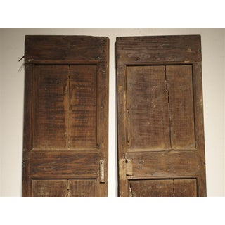 Pair of 17th Century Chestnut Wood Doors From Umbria Italy Preview