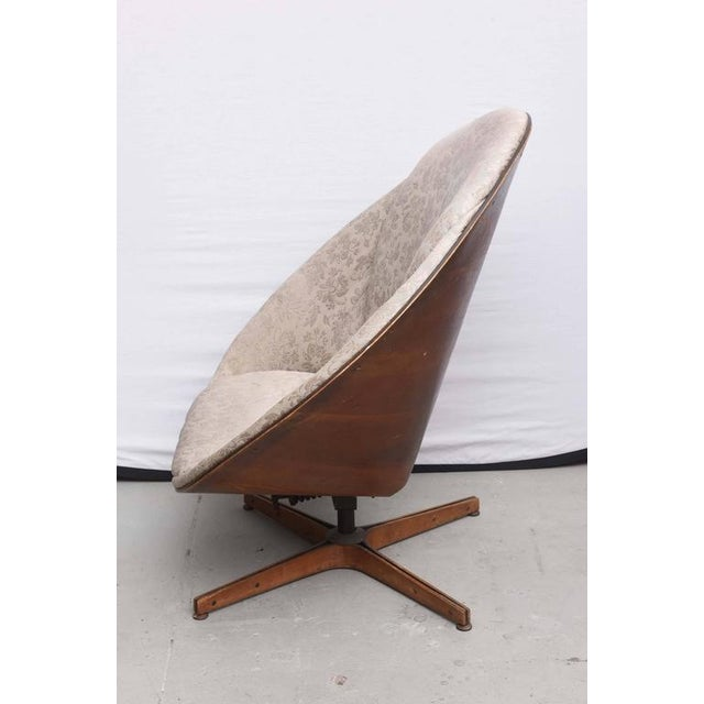 Mid-Century Modern Rare Early Edition Plycraft Swivel Wooden Egg Chair, 1950s, Usa For Sale - Image 3 of 10