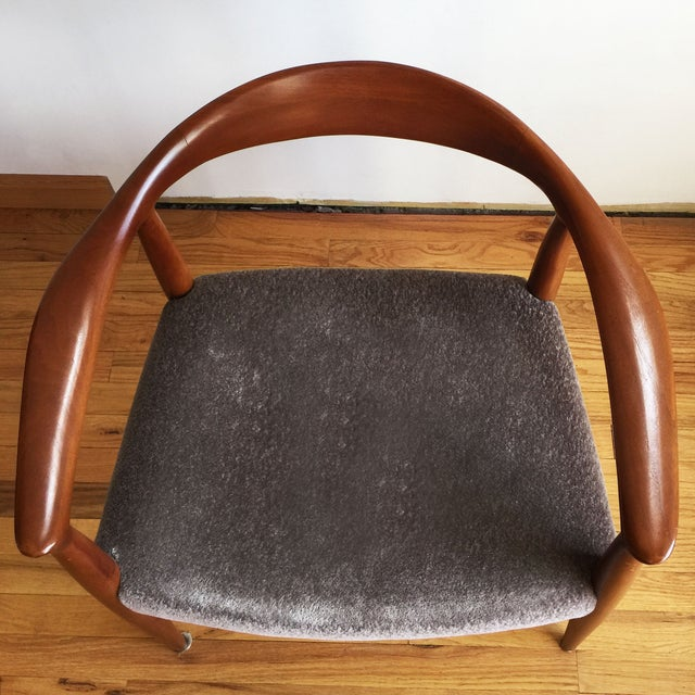 1970s Hans Wegner Kennedy Round Chairs - A Pair - Image 7 of 10