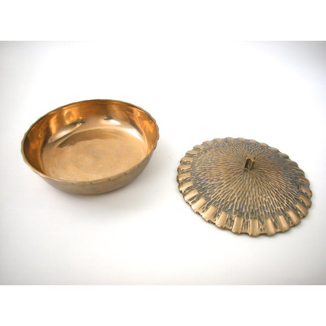 Brass Bowl with Faux-Thatch Lid - Image 6 of 8