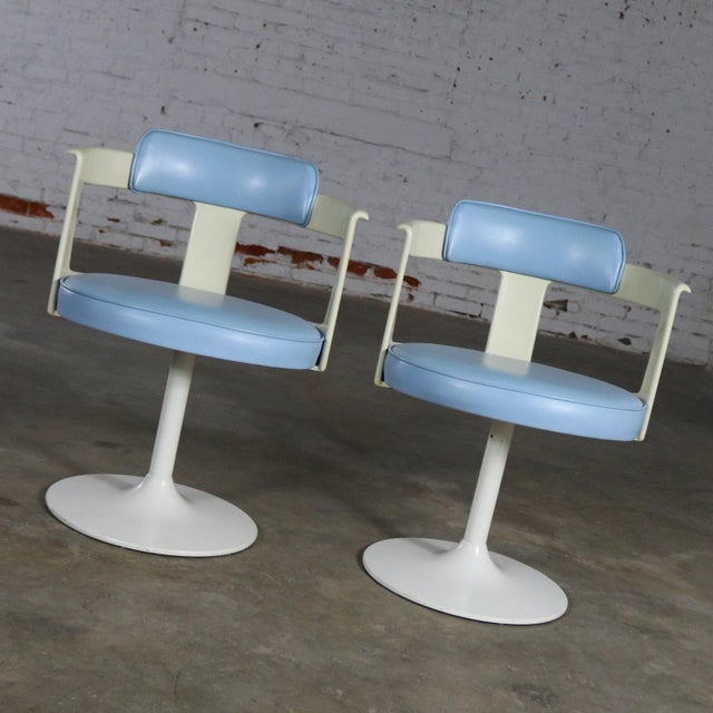 Awesome pair of Mid Century Modern tulip style swivel chairs by Daystrom Furniture in their original baby blue vinyl...