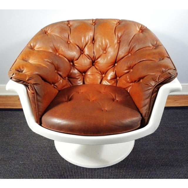 Mid-Century Tufted Bucket Chair - Image 3 of 8