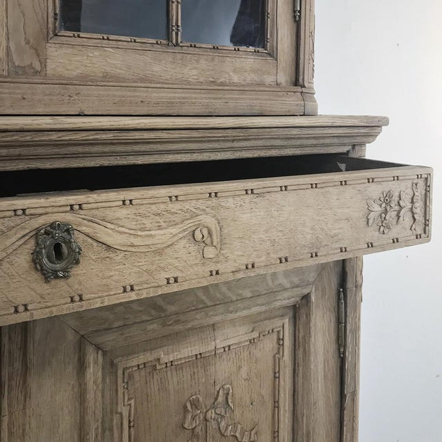 Brown 19th Century Country French Stripped Louis XVI Vitrine - Cabinet For Sale - Image 8 of 13