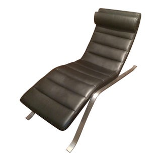 Modern BoConcept Pavia Black Leather Chaise Lounge For Sale