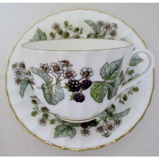 English Traditional Vintage Royal Worcester Cups & Saucers - 10 Pieces For Sale - Image 3 of 6