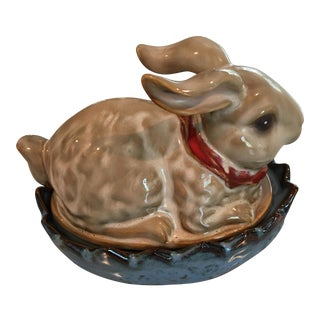 Lidded Bunny Box With Red Bow