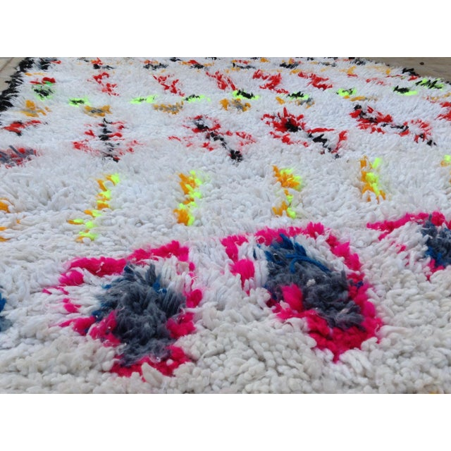 1980s 1980s Azilal Rug- 3′6″ × 7′8″ For Sale - Image 5 of 7
