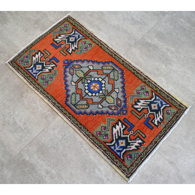 """Hand Knotted Door Mat, Entryway Rug, Bath Mat, Kitchen Decor, Small Rug, Turkish Rug - 1'9"""" X 3'2"""" For Sale - Image 4 of 5"""