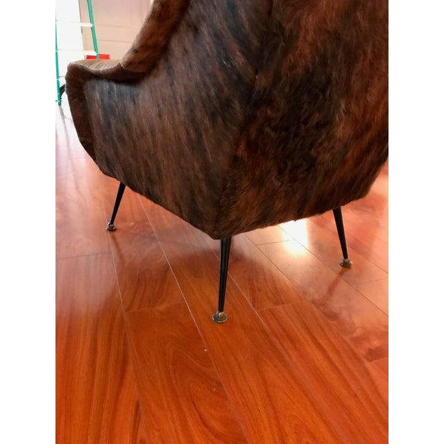 Italian Mid-Century Modern Club Chairs Covered in Cowhide - a Pair For Sale - Image 9 of 13