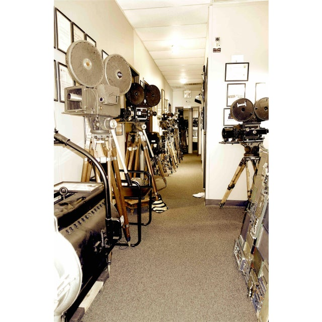 Black Motion Picture 35mm Theatre Projector 1922 Design, Complete Head Hollywood Relic For Sale - Image 8 of 11