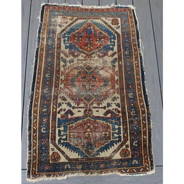 """Antique Persian Rug - 2'9"""" x 4'5"""" - Image 2 of 9"""
