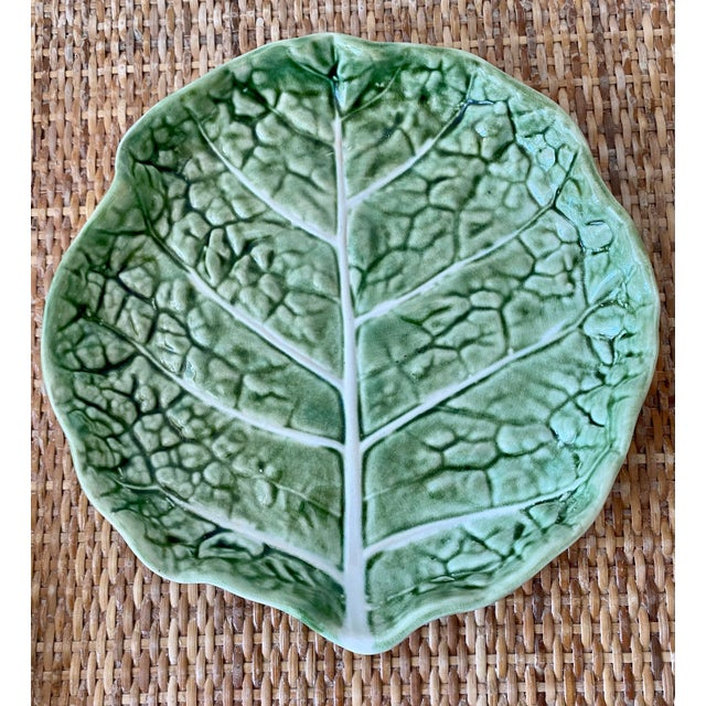 Majolica Mid 20th Century Green Cabbage Leaf Plates Portugal - Set of 6 For Sale - Image 4 of 13