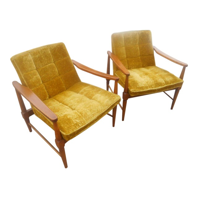 Vintage Mid-Century Danish Modern Lounge Chairs- a Pair For Sale