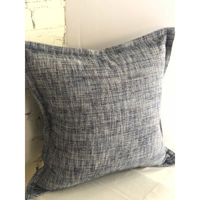 """Mid-Century Modern 20"""" Cotton Tweed Pillows in Indigo Blue by Jim Thompson - a Pair For Sale - Image 3 of 10"""