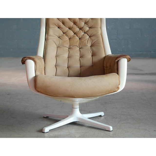 1960s Model Galaxy Space Age Swivel Lounge Chair in Leather by Alf Svensson for Dux For Sale - Image 5 of 9