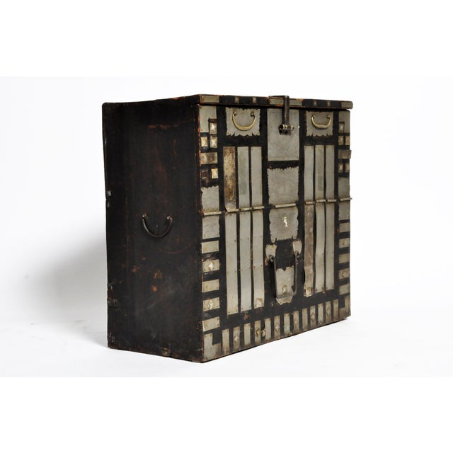 Asian Late 19th Century Korean Wedding Chest For Sale - Image 3 of 13