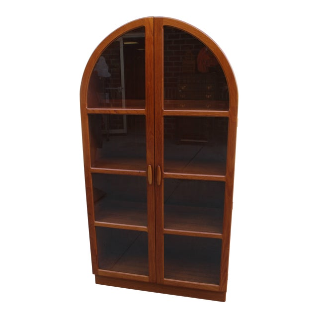 Dyrlund Lighted Cathedral Style Teak Bookshelf