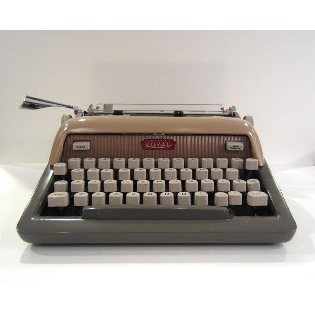 Mid-Century Royal Futura 800 Typewriter - Image 2 of 10