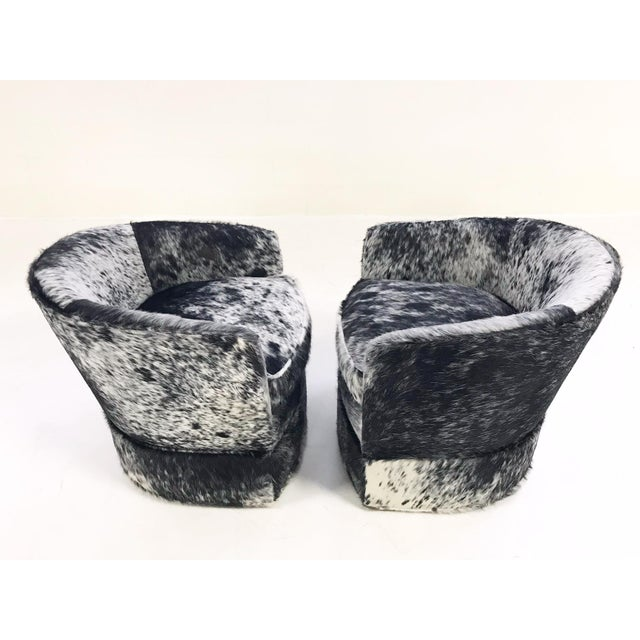 Vintage Milo Baughman Wheeled Restored and Reupholstered in Black and White Speckled Brazilian Cowhide Slipper Chairs - a Pair - Image 6 of 9