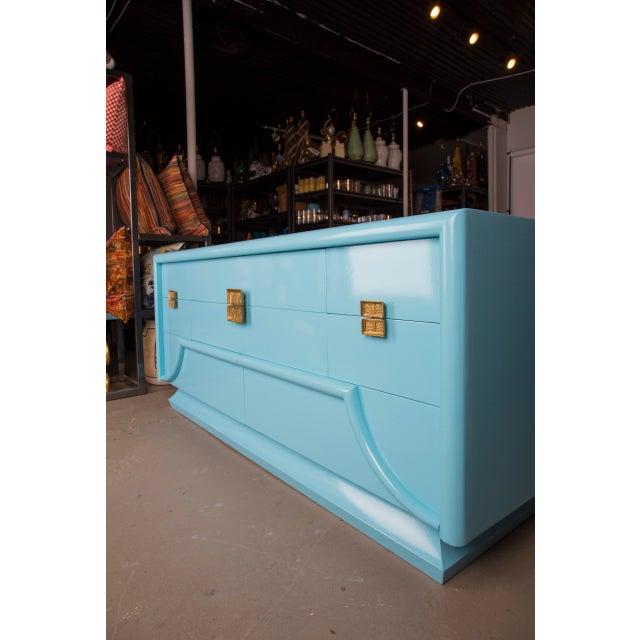 Art Deco 1940's Blue Lacquered Art Deco Chinoiserie Dresser For Sale - Image 3 of 8