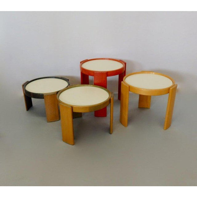 1960s Early Production Gianfranco Frattini for Cassina Flip Top Nesting Tables - Set of 4 For Sale - Image 5 of 12