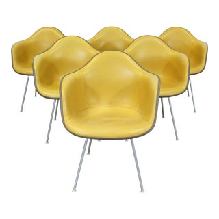 Set of 6 Mid-Century Modern Eames for Herman Miller Dax Shell Arm Chairs For Sale
