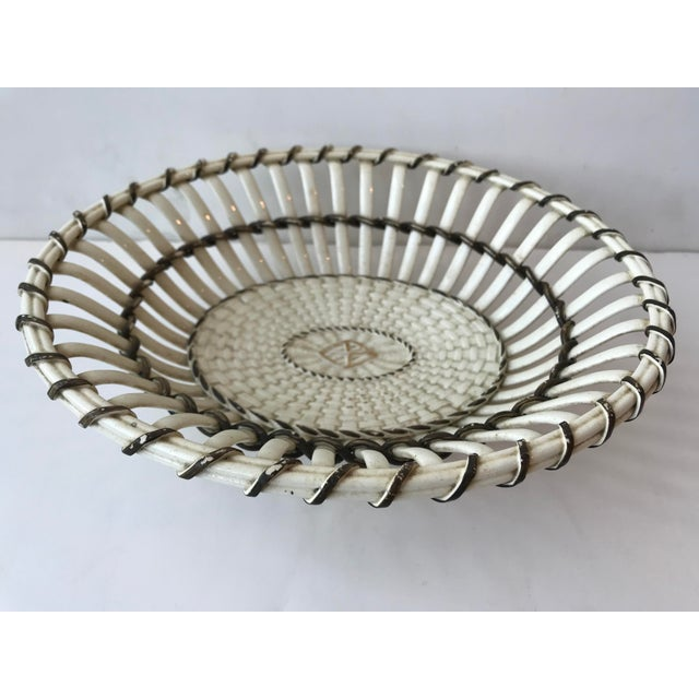 White 19th Century Wedgewood Creamware Basket/Bowl For Sale - Image 8 of 8