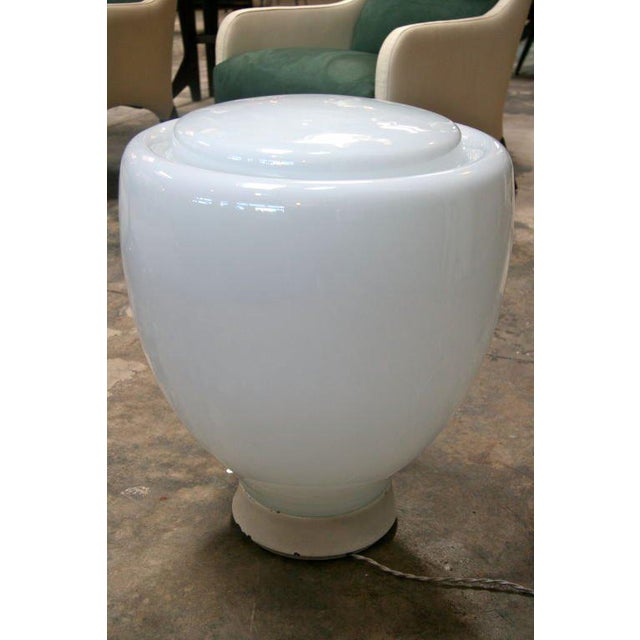 Claudio Salocchi Claudio Salocchi Milk Glass Table Lamp For Sale - Image 4 of 8