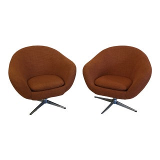 Mid Century Orange Upholster Barrel Swivel Chairs by Burris Industries For Sale