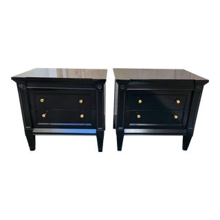 1950s Vintage Traditional Black Lacquer Night Stand- A Pair For Sale