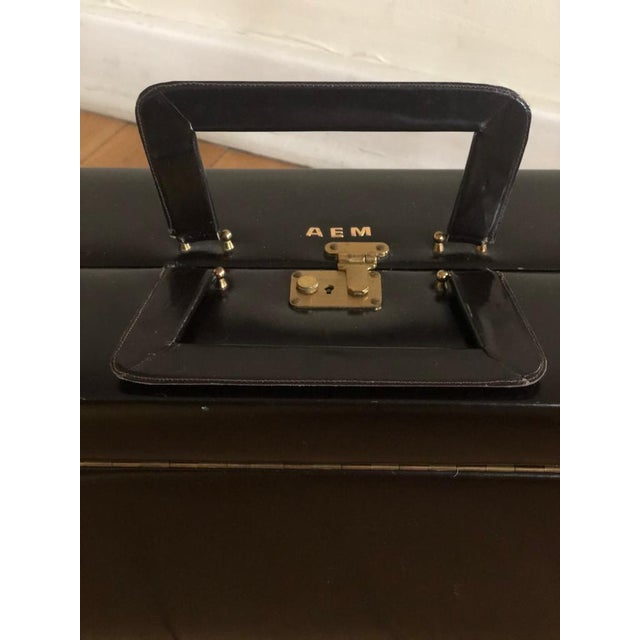 Asprey & Co. Mid 20th Century Vintage Travelling Leather Vanity Case, 1960-1970 by Asprey For Sale - Image 4 of 12