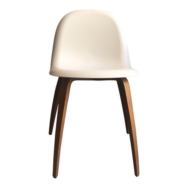 Admirable Scandinavian Modern Gubi White Plastic Dining Chair Theyellowbook Wood Chair Design Ideas Theyellowbookinfo