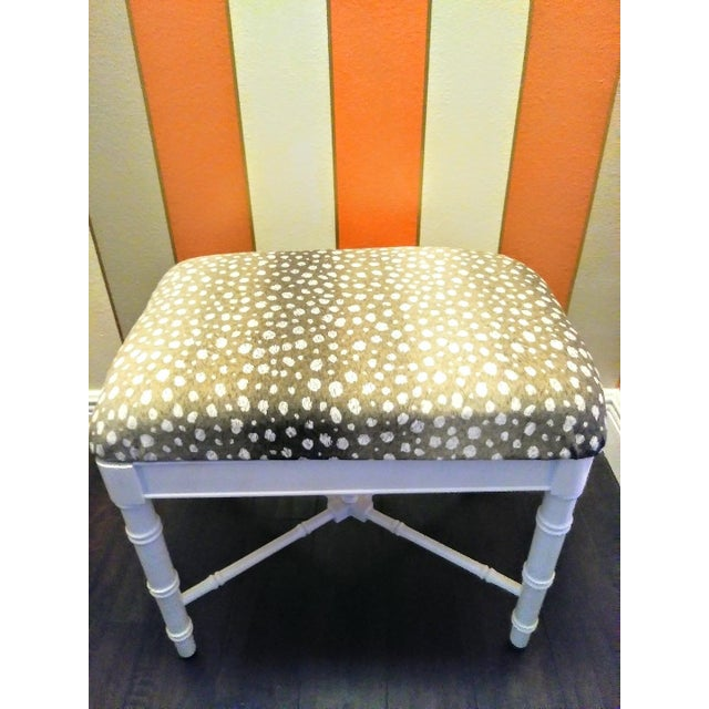 Hollywood Regency Vintage Faux Bamboo White Gloss Palm Beach Regency Bench Ottoman W/ Ocelot Fabric For Sale - Image 3 of 8