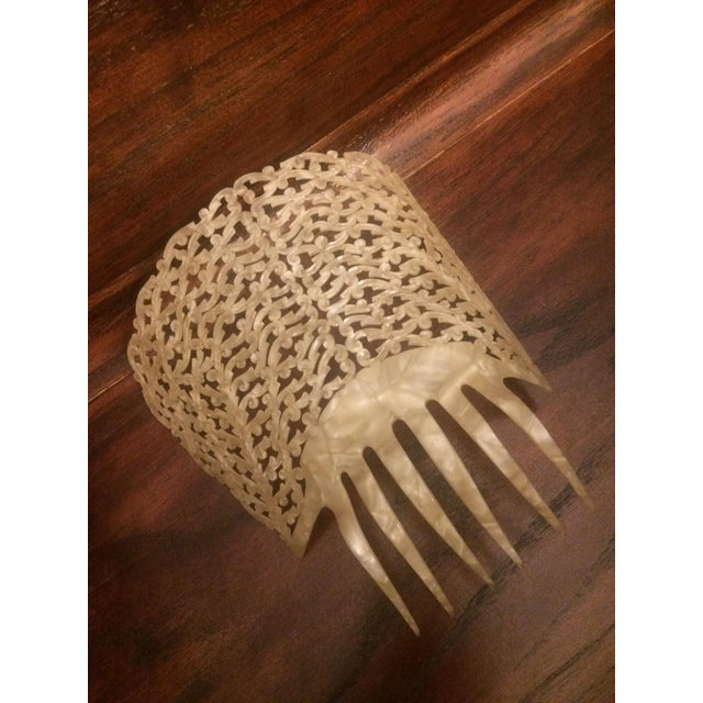 1910s Antique Pierced Hair Comb - Image 2 of 5
