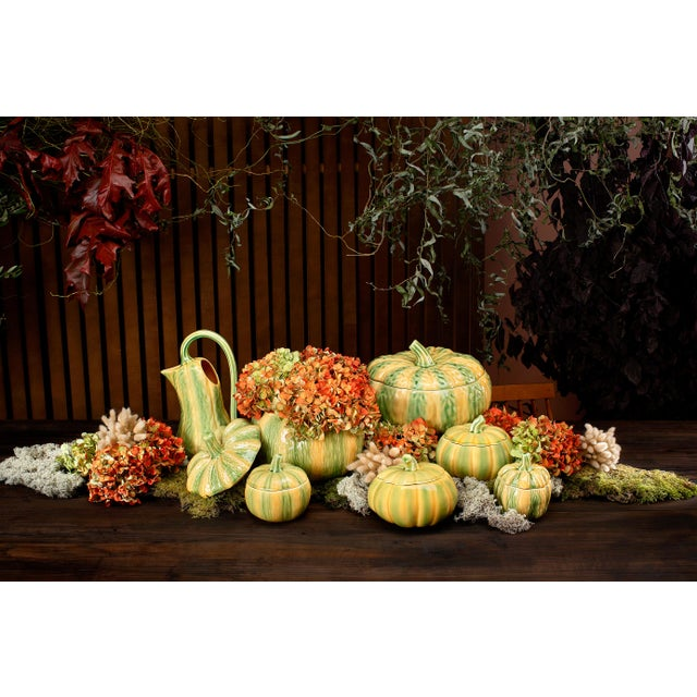 The pumpkin, with its round shape, its colours and its unmistakable texture could not escape Bordallo's inventive...