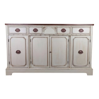 20th Century Country White Farmhouse Style Painted Buffet For Sale