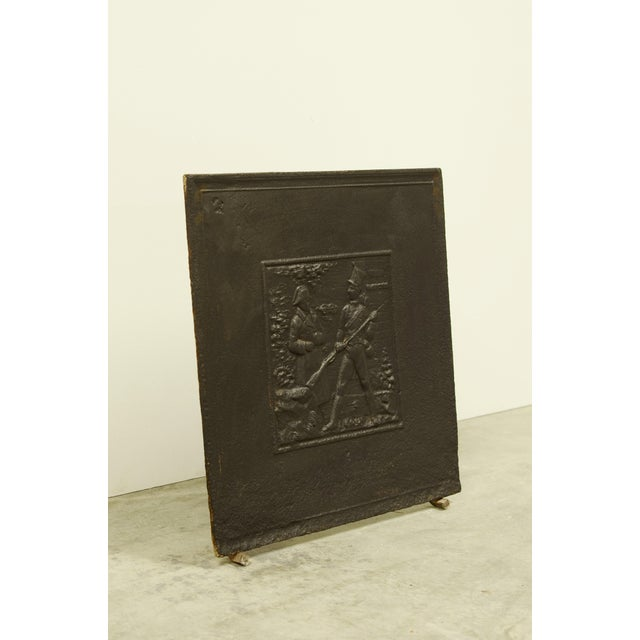 Traditional Antique Fireback Showing Napoleon on the Battlefield For Sale - Image 3 of 4