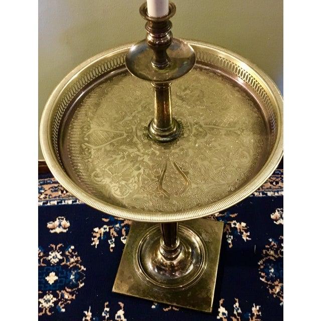 1950s Stiffel Regency Brass Tray Table Floor Lamp For Sale In Nashville - Image 6 of 11