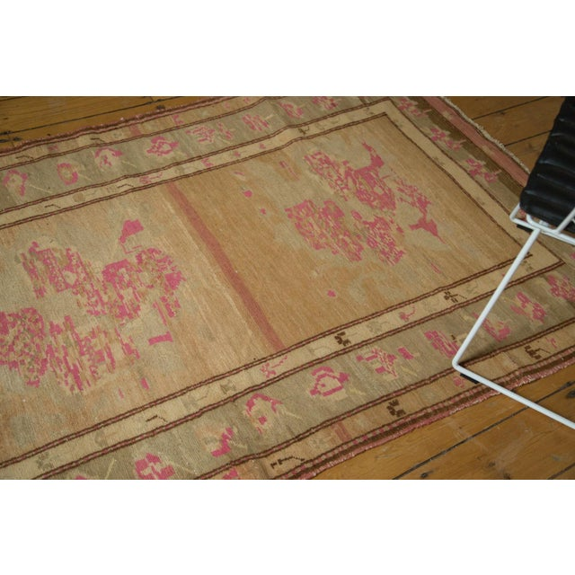 "Vintage Oushak Rug - 4' x 7'6"" For Sale In New York - Image 6 of 10"