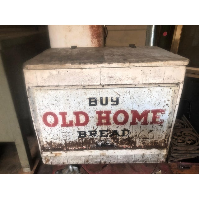 1970s Vintage Old Home Bread Retail Display and Storage Box For Sale - Image 13 of 13