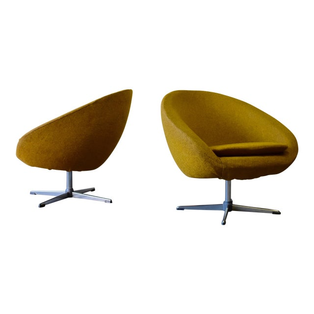 Pair - Mid Century Modern Overman Chrome Lounge Chairs For Sale