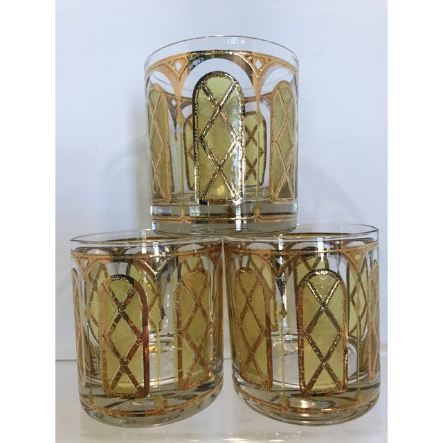 Set of 6 vintage Mid Century yellow and gold church window design double old fashion cocktail bar glasses. These are...