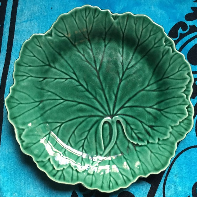 1940s Art Deco Wedgwood Majolica Cabbage Salad Plate For Sale In New York - Image 6 of 7