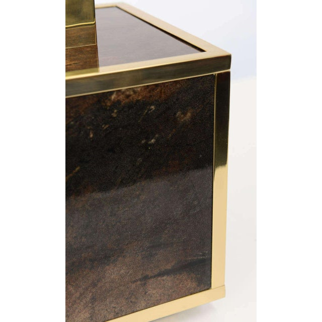 Aldo Tura Goatskin and Brass Table Lamp For Sale In New York - Image 6 of 10