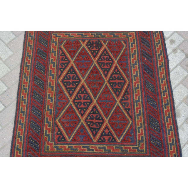 "Size: 3'7 x 4'0"" This rug will add a stunning design accent to your home. Whether you have hardwood floor, carpet or tiles..."