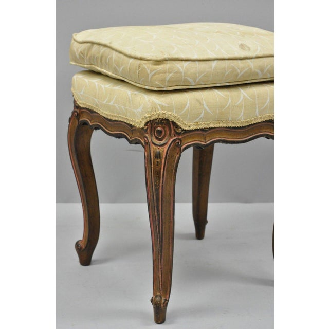 French Vintage French Provincial Louis XV Style Upholstered Stool Bench For Sale - Image 3 of 10
