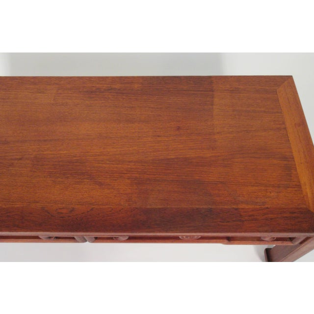1950s Asian Coffee Table For Sale - Image 4 of 13