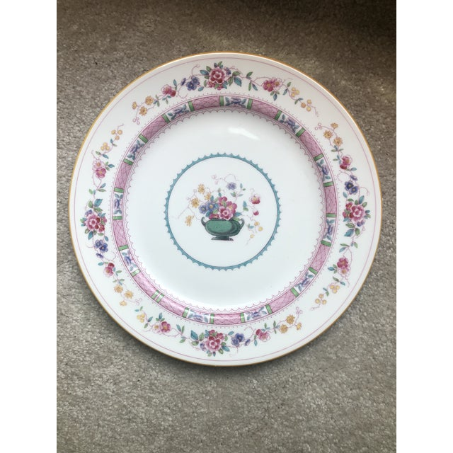 """English Royal Doulton """"Urn"""" Pattern Dinner Set - 80 Pieces For Sale - Image 9 of 13"""