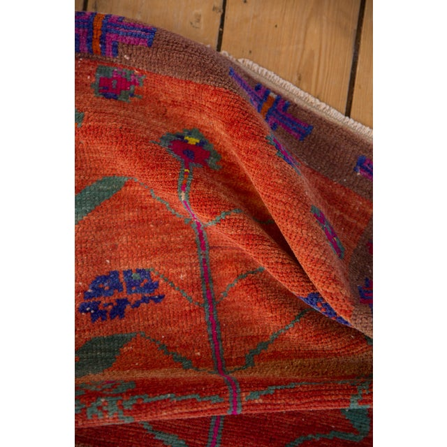 """Vintage Distressed Oushak Rug - 2'4"""" X 3'7"""" For Sale In New York - Image 6 of 10"""